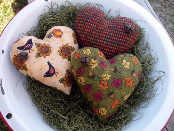 Primitive heart bowl filler fall ornie