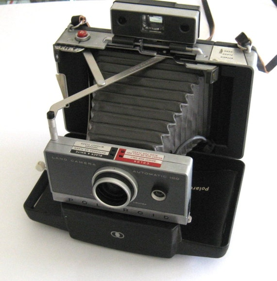 Vintage Polaroid Camera - Land Camera Automatic 100