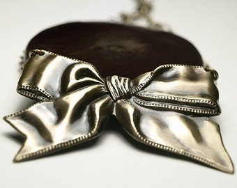 Antiqued Brass Bow Necklace