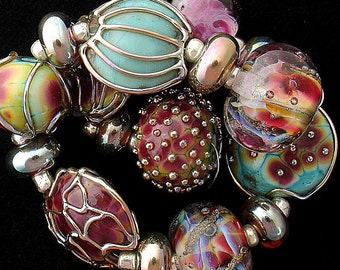 DSG Beads Handmade Organic Lampwork Glass Made To Order - Winter Roses