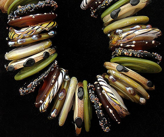 DSG Beads - Artisan Debbie Sanders Handmade Organic Lampwork Glass-Made To Order ~Animal Safari~ Disc Set