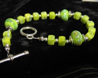 Bracelet Lampwork and Glass 7.75 inch Lime Apple Green Yellow Silver