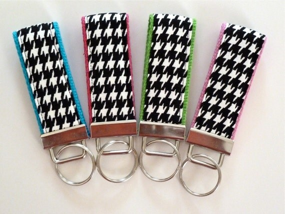 houndstooth key fob black white on choice of webbing
