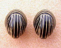 "Pair BLACK & GOLD Carved Acrylic ""NUT"" Beads Bold Large 23x17x17mm"