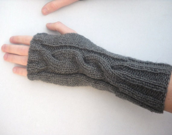 Mens Mittens Knitting Pattern : PDF Knitting Pattern Mens Cable Knit Wrist by bijouxboutique