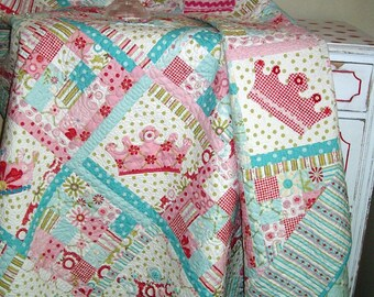 Dreaming Princess Crown Quilt PDF