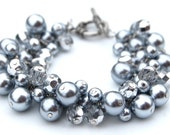 Custom Bridesmaid Bracelet, Silver Glitter Pearl Cluster Bracelet, Pearl Bracelet, Winter Wedding Jewelry, Sparkling Bracelet