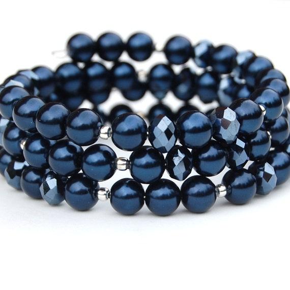 Sparkling Midnight Blue Pearl Memory Wire Bracelet, Navy Bracelet, Bridesmaid Bracelet, Wedding Jewelry,