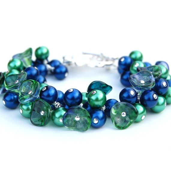 Peacock Wedding Jewelry, Blue and Green Pearl and Floral Cluster Bracelet, Bridesmaid Jewelry, Spring Wedding, Gift for Her Under 50