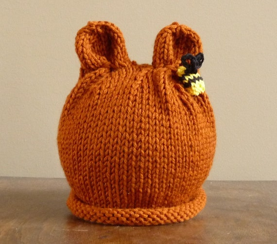 NEW - Infant Brown Bear Hat with a Bumble Bee Photo Prop Beanie Zoo Halloween Costume Animal Hand knit