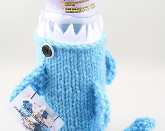 Baby Bottle Shark, Geeky, Gift for Baby, Gift for Toddler, Shark Week, Friends, Gift for Mom to be, Baby Shower, Sport Drink, knit, unique