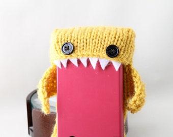 Monster shark for your Nintendo DS/ 3DS XL - Mustard