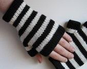 Black and White Striped Merino Wool Glovelets