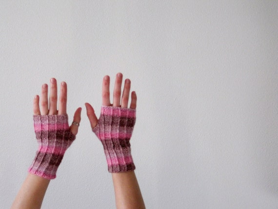 Candy Hearts Fingerless Gloves Hand Knit in Pinks and Purples