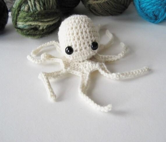 Baby Ghost Octopus Amigurumi in Merino Wool - Tree Octopus Christmas Ornament