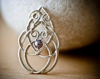 Wire Jewelry Tutorial - Celtic Knot Pendant, DCHMT009