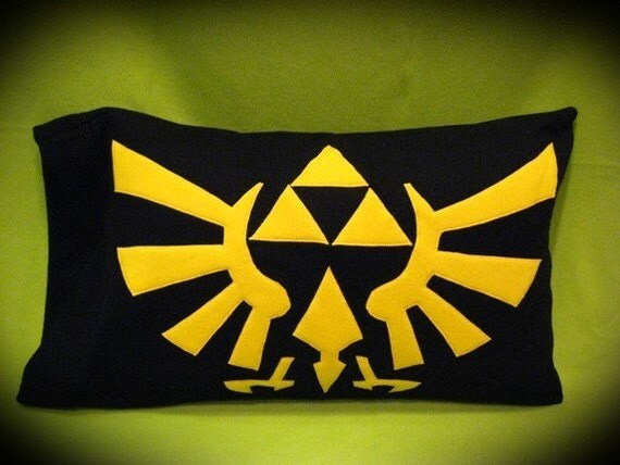 Legend of Zelda Triforce Pillow Case - Black