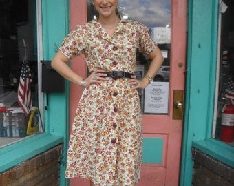 Vintage Swing Dress Fabulous 1940s Cotton Floral Print with Great Vintage Buttons 38 Bust 34 Waist Free U S Shipping