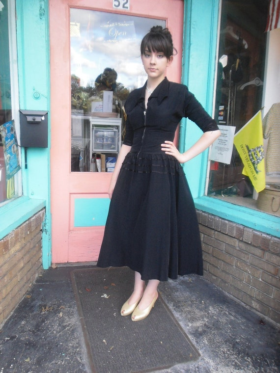 1950s Vintage Dress Fabulous Taffeta Little Black Dress 34 Bust FREE U S SHIPPING