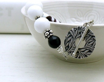 Black and White Modern Beaded Bracelet, White Black Lampwork Clasp Bracelet with Sterling Silver, for Her Under 175