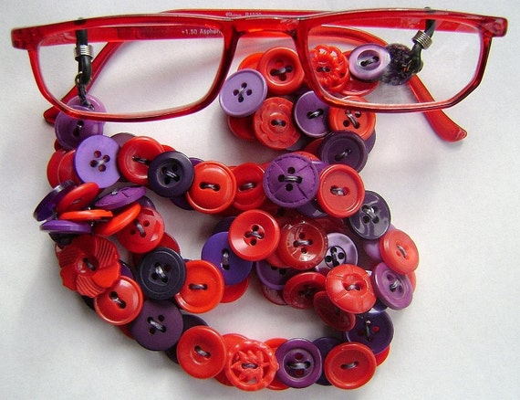 Eyeglass Chain in Vintage Buttons - Red and Purple