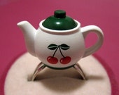 Cherry Tea Pot / Teapot Ring