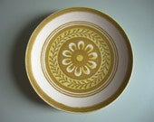 Two Groovy Vintage Mustard Flower Plates