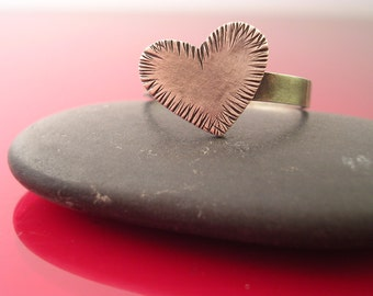 Crosshatch Heart Ring