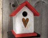 Primitive Birdhouse White Red Chickadee Wren Cute Songbirds Rusty Heart