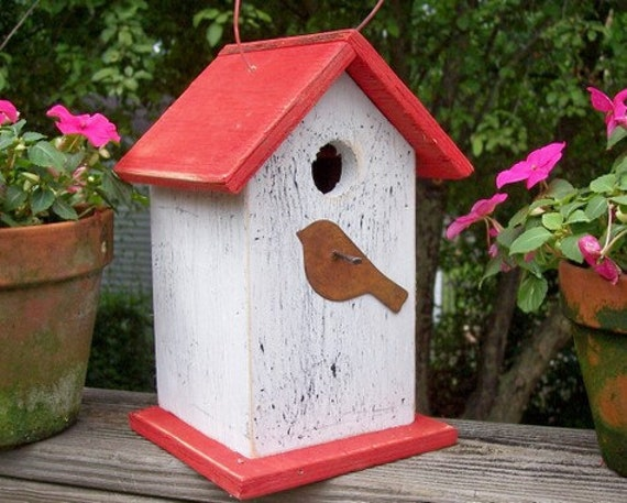 Primitive Birdhouse With Rusty Bird White with Red Roof and Base