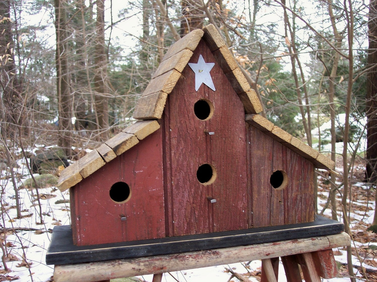 Primitive Barnwood Birdhouse Tobacco Lath Roof Four Hole White