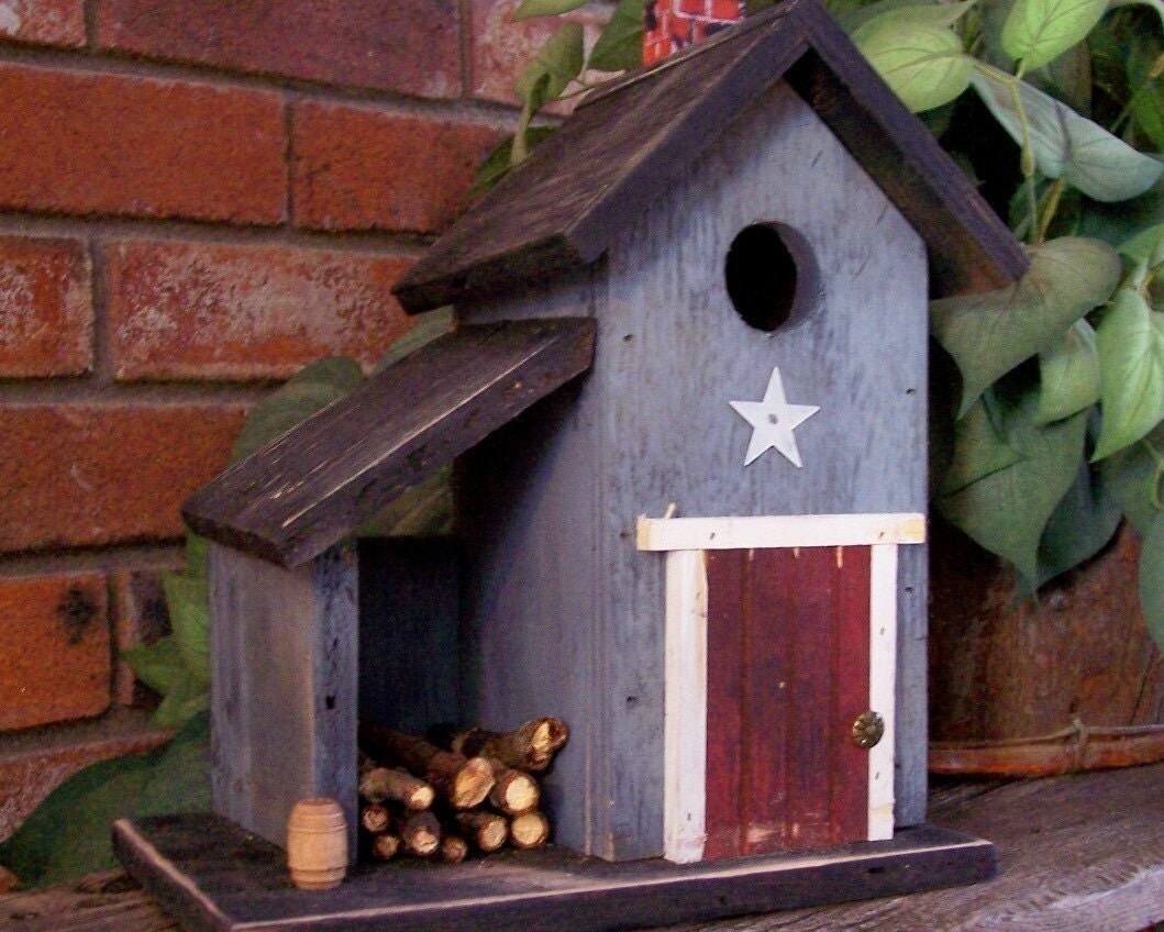 Primitive Country Shed Birdhouse