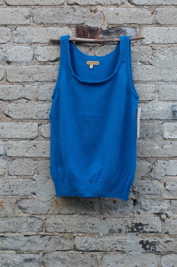 SALE ITEM /// cashmere singlet Size L