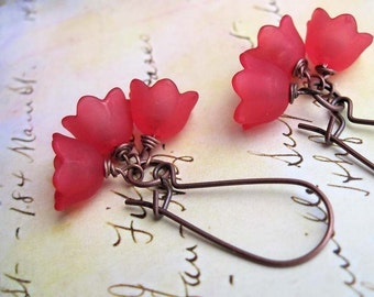Red Flower earrings Red dangle earrings Nature jewelry Autumn Fall fashion