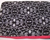 Black and White Damask Zipper Pouch