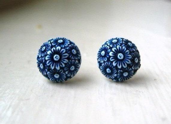 Vintage Floral Cluster Earrings - Navy
