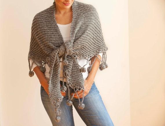 Wool Shawl / Gray - White