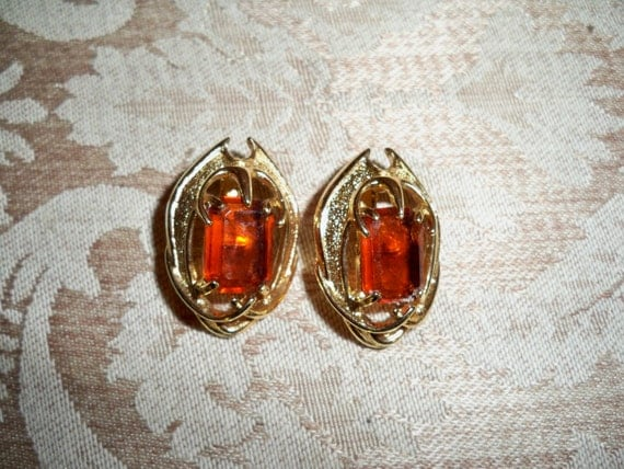 Vintage Sarah Coventry Topaz and Gold Clip Earrings
