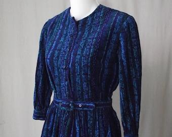 1960s Shirtwaist Dress Blue Printed Corduroy Dress Small