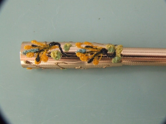 Gold Toned Vintage Cigarette Holder Quellazaire Crystal Glitter Accent Floral