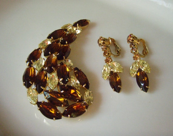 Rhinestone Brooch and Earring Set 1960s Large Topaz and Yellow  Floral