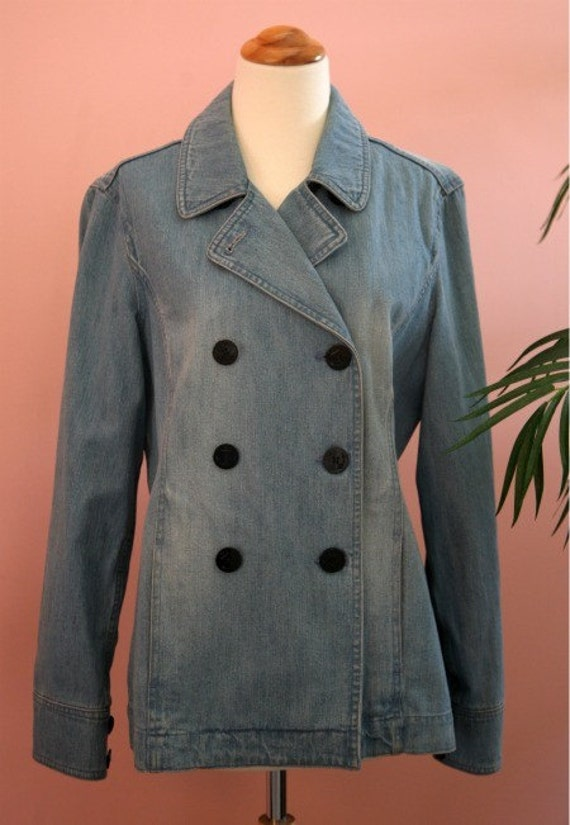 Liz Clairborne Double Breasted Faded Denim Jacket. Denim Outerwear, Ladies Jacket, Blue Blazer, Denim Blazer,  Medium Blazer