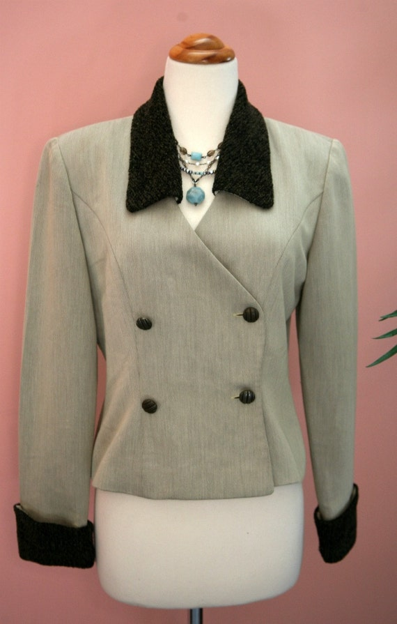 Green Blazer, Fern Green, Fur Collar and Cuffs, Double Breasted Crop Blazer, Ladies Blazer, Size 6, Short Blazer