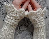 "Knitting pattern PDF wrist warmers ""Cassy's Cuffs"""