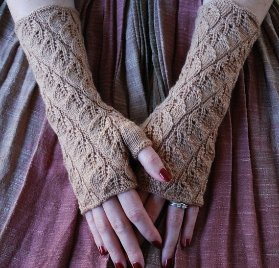 Knitting Pattern Lace Gloves : PDF Spiraling Leaves Fingerless Gloves Knitting Pattern