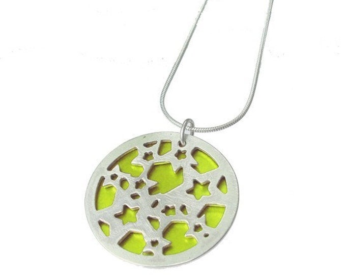 Small reversible Stars pendant with Lime front and Orange back