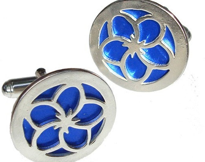 Silver Flower Cuff links in Blue recycled aluminum