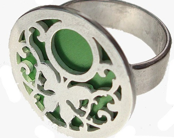 BUTTERFLY ring of recycled aluminum/sterling silver in Green