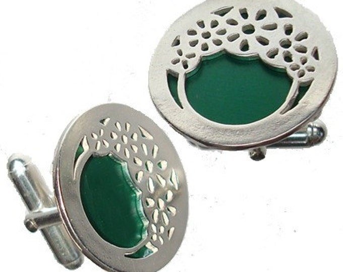 Father's Day Gift Silver Wheels Cuff links in Green recycled aluminum