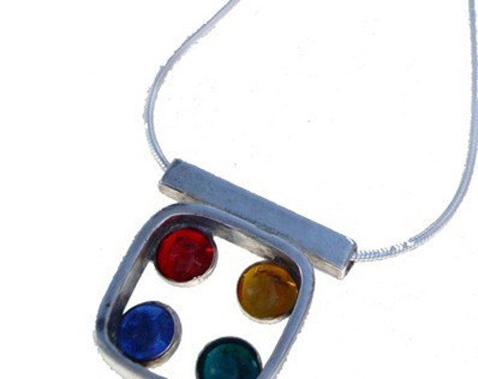 Hip to be Square Pendant with settings in primary colors